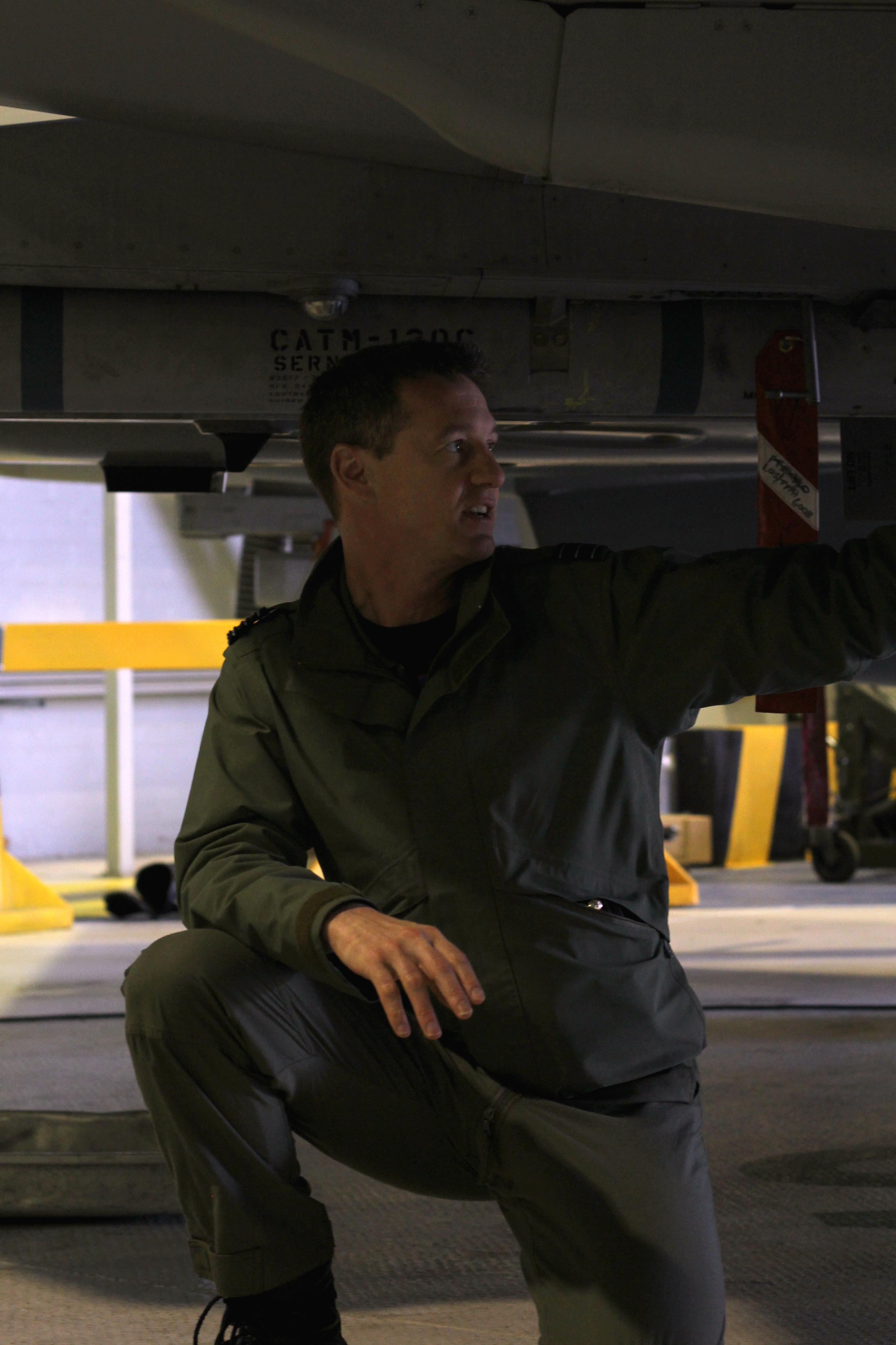 Cooper under plane