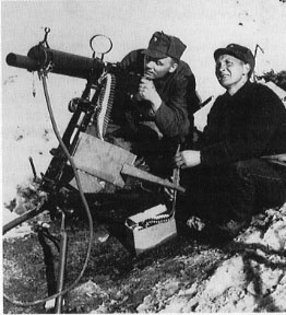 norwegian_army_colt_heavy_machine_gun_at_the_narvik_front