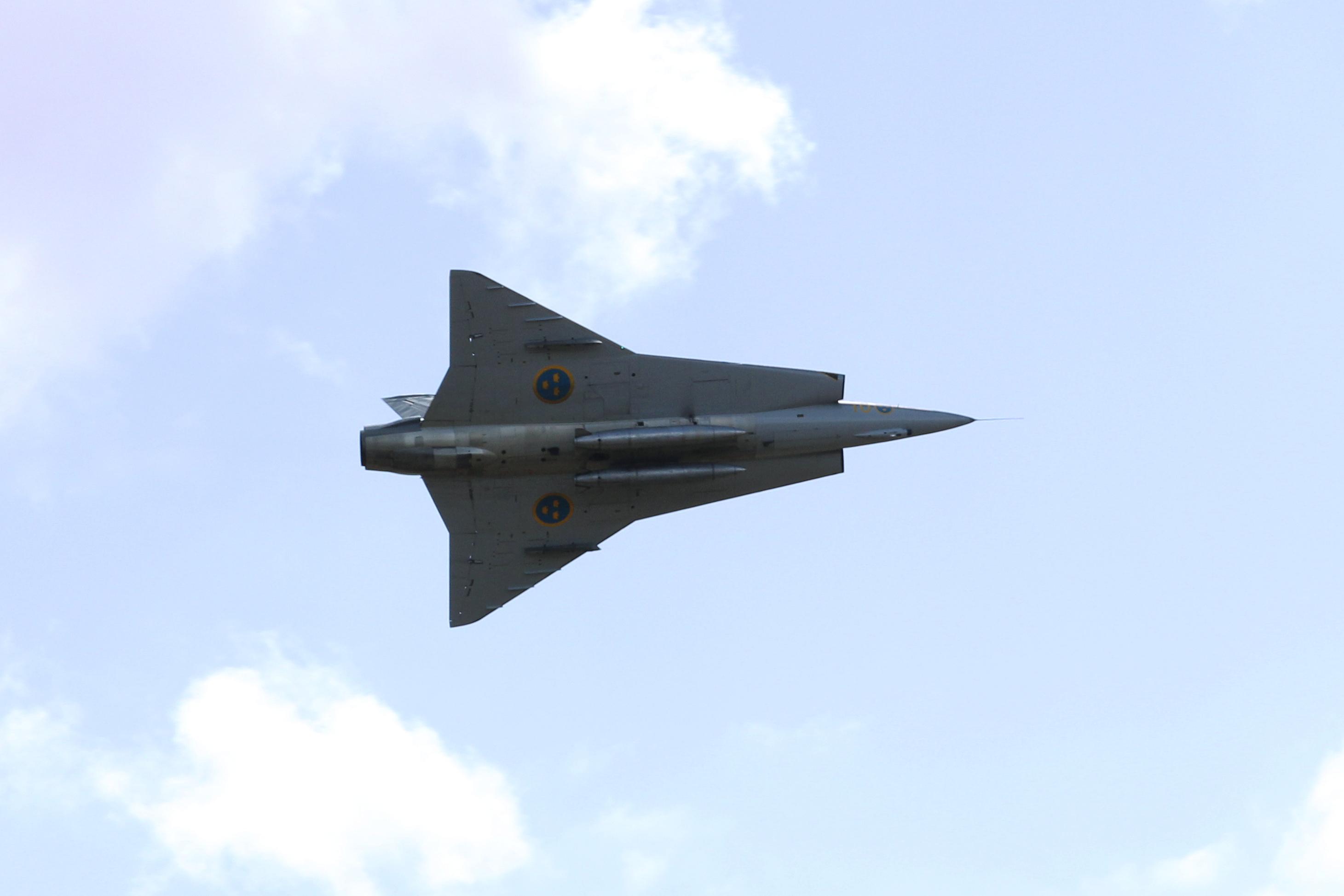 J35J wings