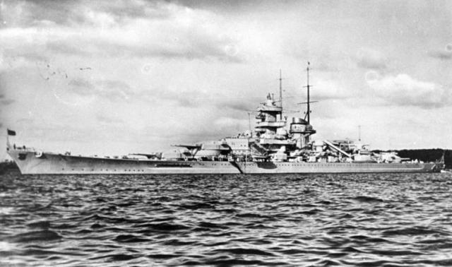 """Schlachtschiff """"Gneisenau"""""""