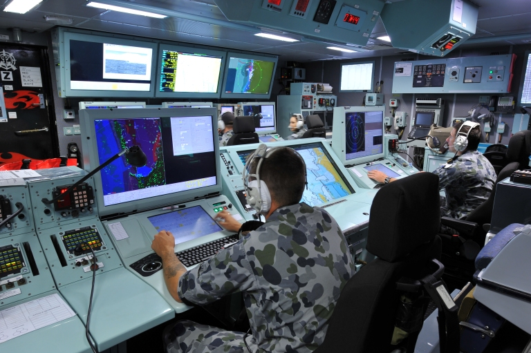 https://corporalfrisk.files.wordpress.com/2019/04/hmas-perth-asmd-operations-room-4.jpg?w=768