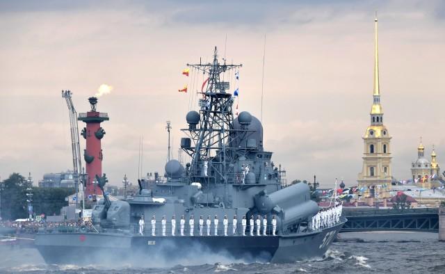 vladimir_putin_naval_parade_in_st._petersburg_282019-07-2829_29
