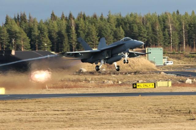 FA-18E take-off